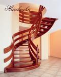 Schody z balustrada drewnianą (tralki, wstęgi) MARCHEWKA