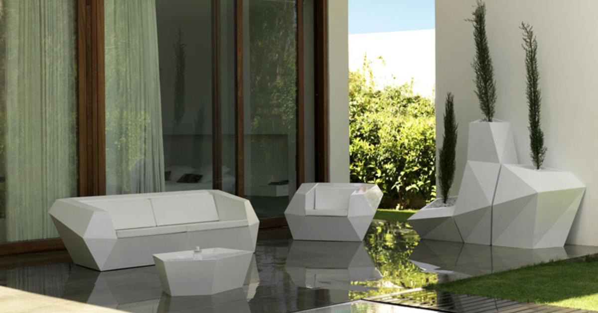 Nowoczesne Meble Ogrodowe Plastikowe : Nowoczesne donice tarasowe Donice plastikowe na eleganc