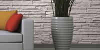 Naturalny kamień dekoracyjny jako dekoracje ścienne w salonie