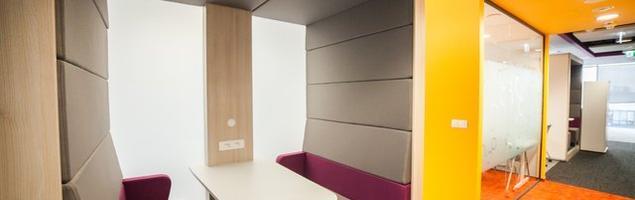 Funkcjonalna i kreatywna przestrzeń open space – nowoczesne biuro w Warszawie